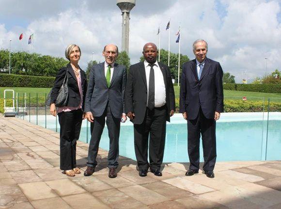 Perciò è particolarmente importante la visita del Console Generale Saul K. Molobi presso la sede FATA lo scorso 23 maggio, un incontro con il Presidente Ignazio Moncada che ha consolidato i rapporti esistenti fra l'Italia e il Sudafrica e in particolare ha rafforzato le relazioni economiche tra i due Paesi.