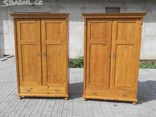 Staré párové smrkové skříně - obrázek číslo 1