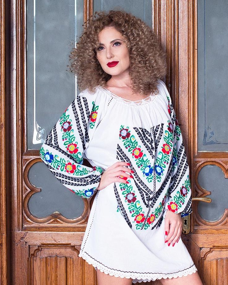 HANDMADE EMBROIDERED DRESS - Luxury Motif