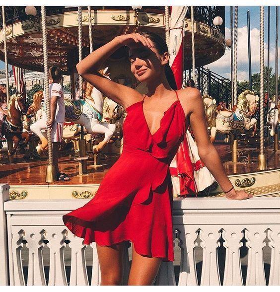 Tendência Wrap Dress - Vestido Envelope | Vestidos, Looks, Modelo de vestido vermelho
