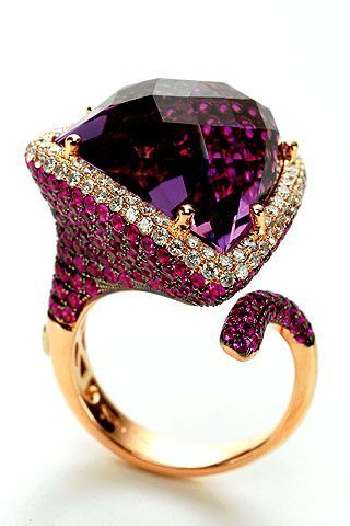 Enjoy my new blog and have big fun!!! http://lookedmiamistore.blogspot.com/2015/06/salut-les-amis-je-tiens-vous-presenter.html Amethyst Ring