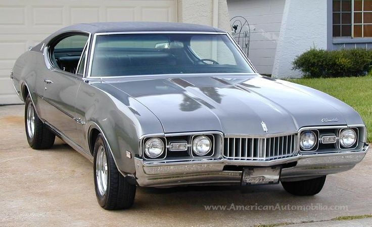 68' Oldsmobile Cutlass Supreme.