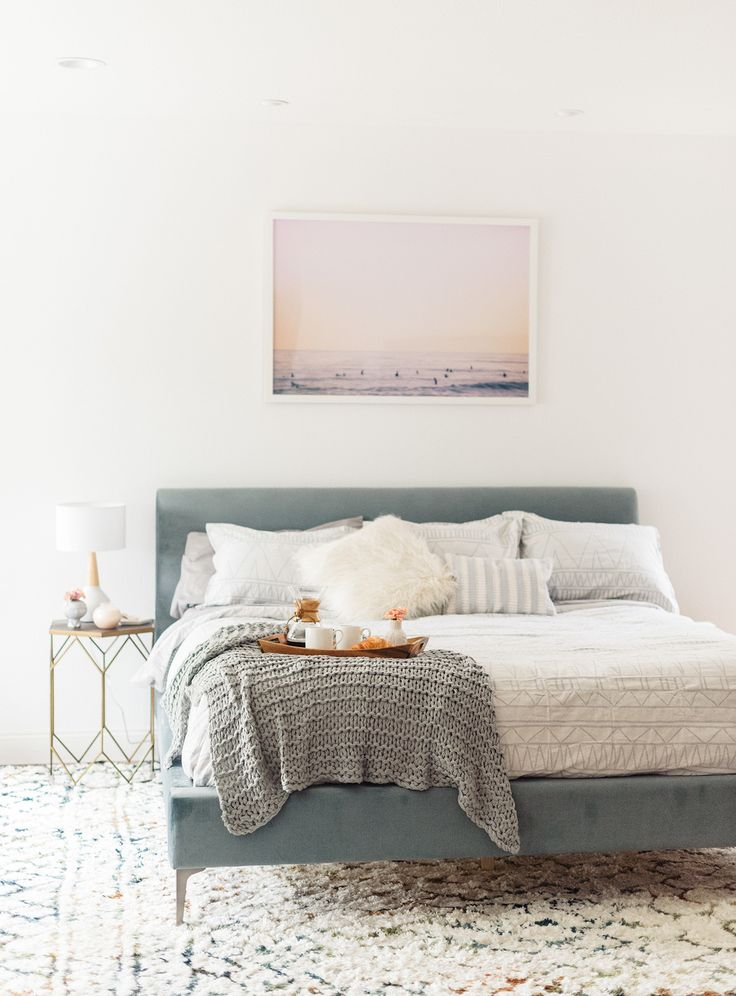 Cupcakes & Cashmere duvet from Bed Bath & Beyond // modern minimalist and boho bedroom