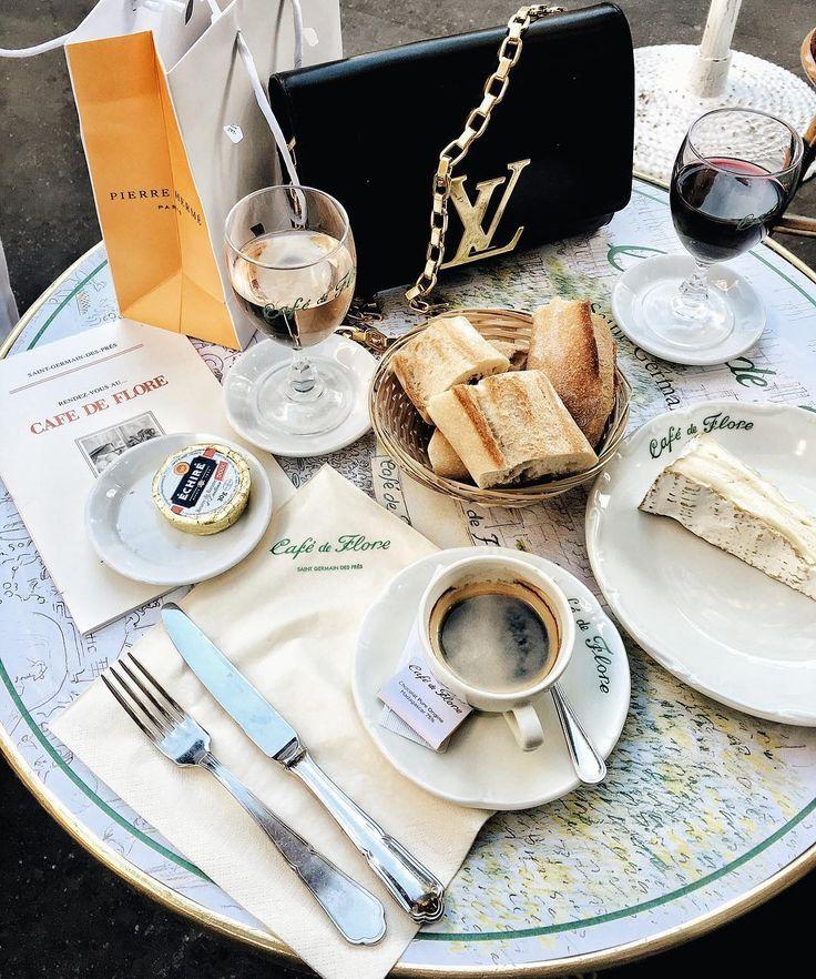 Cafe de Flore, Paris