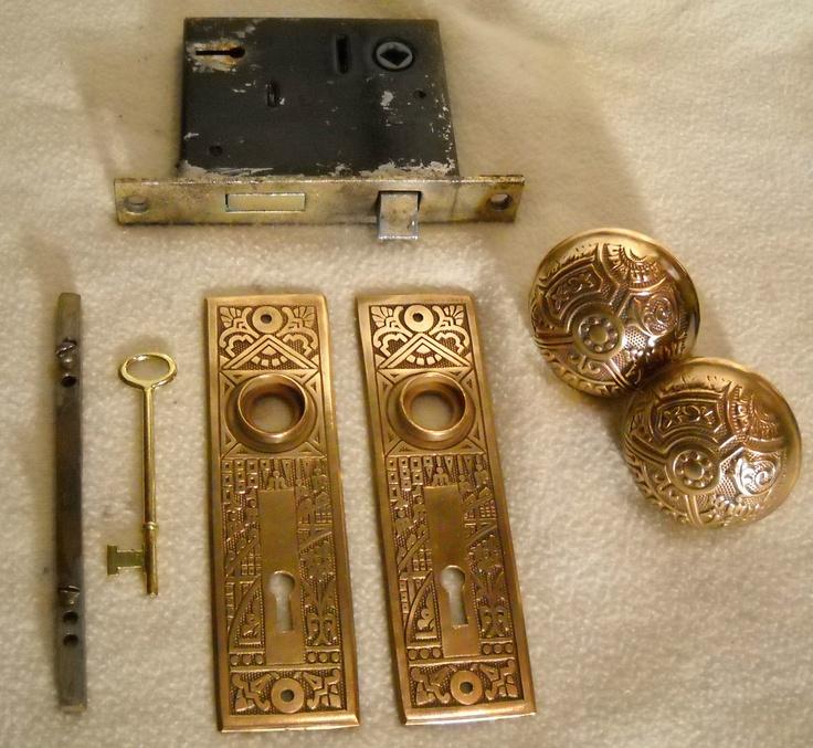 1890 S Brass Eastlake Door Knob Plate Amp Lock Set Ebay