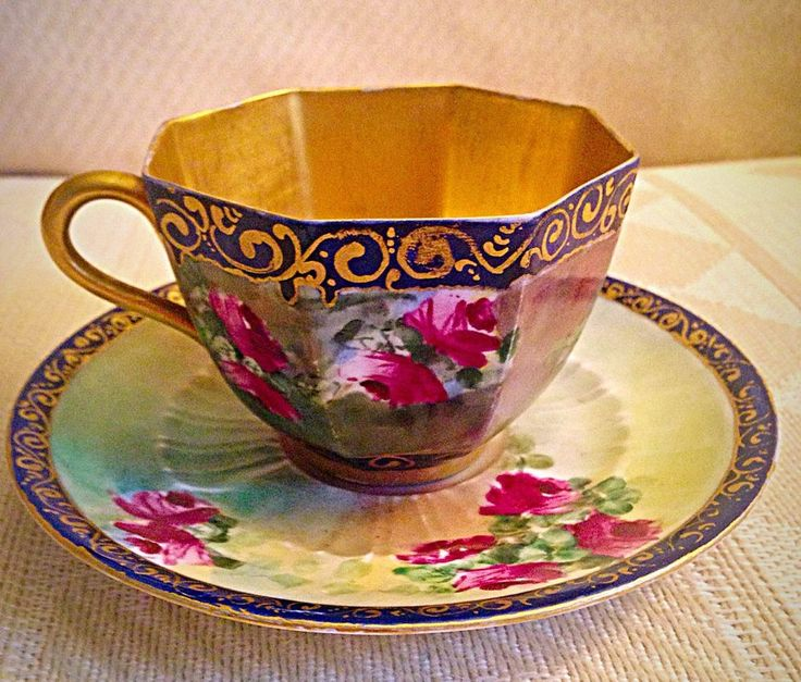 Stunning Wedgwood Etruria Octogon Gold Gild Painted Roses Tea Cup And Saucer #Victorian #wedgwoodetruria