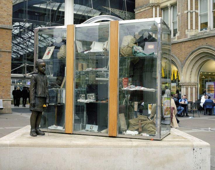 The Für Das Kind Kindertransport Memorial, Liverpool Street Station, London