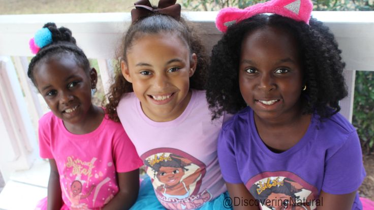 Lil Sis and her friends have something to share with you. It is all about Brown Girls Club.  Watch today's video: https://www.youtube.com/watch?v=Lau4DjOiLvI&index=1&list=PLCT7rEmj0XkzERhXE-u9NqilJFaUfi8k8 @BrownGirlsClub #naturalhair #browngirlsclub