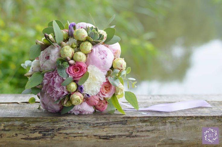 Bukiet ślubny pachnący latem  - ARTEMI - /artemi.com.pl/ wedding bouquet - dekoracje ślubne, kwiaty do ślubu, bukiet ślubny