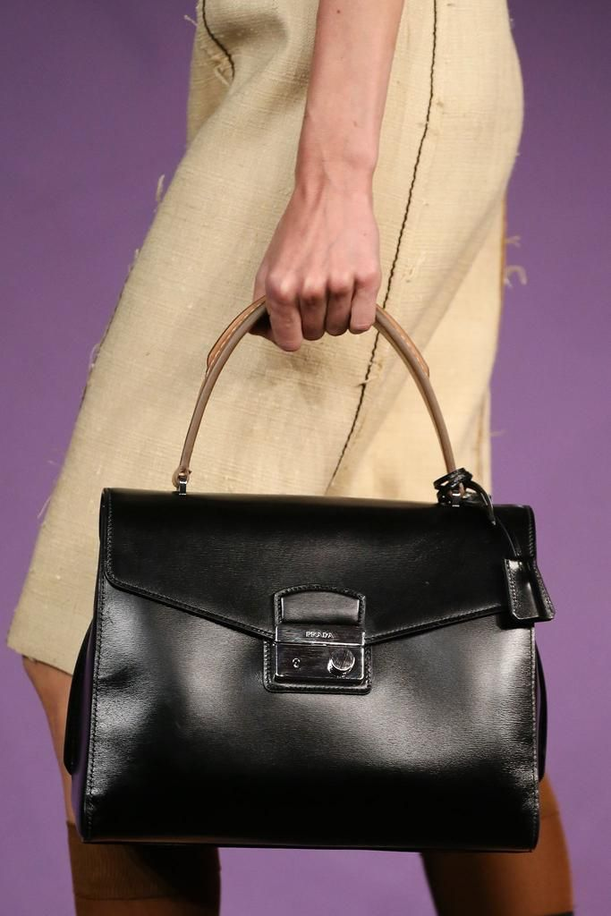 Bags on Pinterest | Leather Totes, Prada Spring and Knitted Bags