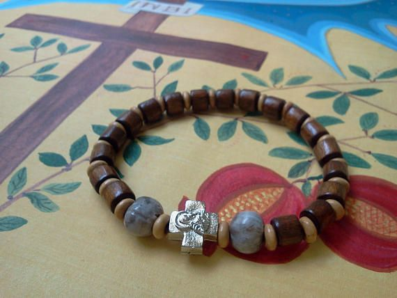 6 1/2 in Tears of Mother of God Orthodox russian greek wooden chiotki kombouskini prayer bead bracelet rosary with cross