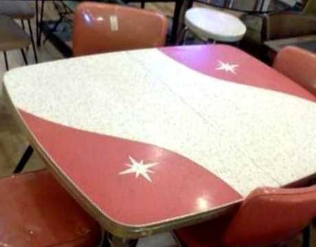 1950s Patterned Formica Starburst Dinette / Optional Leaf Extension / Padded Chairs