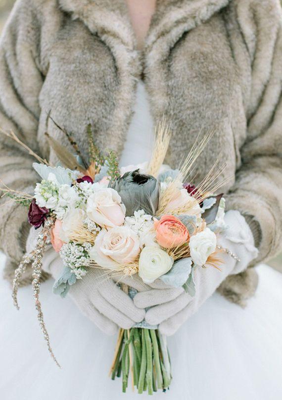 Winter bridal bouquet | Florals by  Juli Vaughn Designs  | Read more - http://www.100layercake.com/blog/2013/02/27/gold-winter-wedding-inspiration/