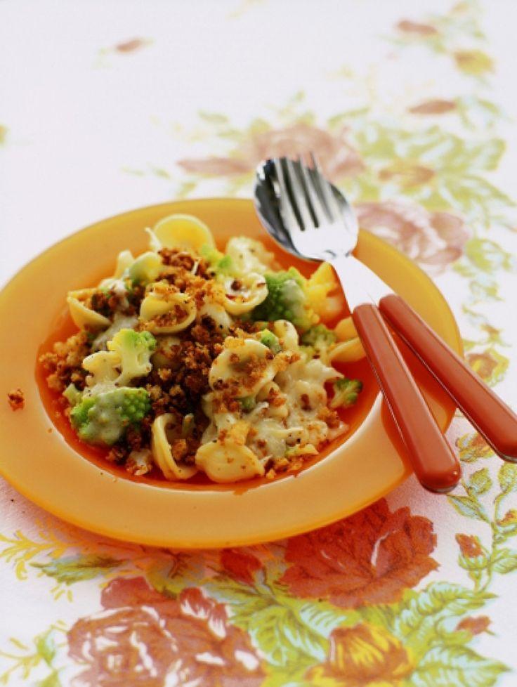 25x doordeweekse pasta   Orecchiette met bloemkool broccoli ansjovis en pepertjes   ELLE Eten