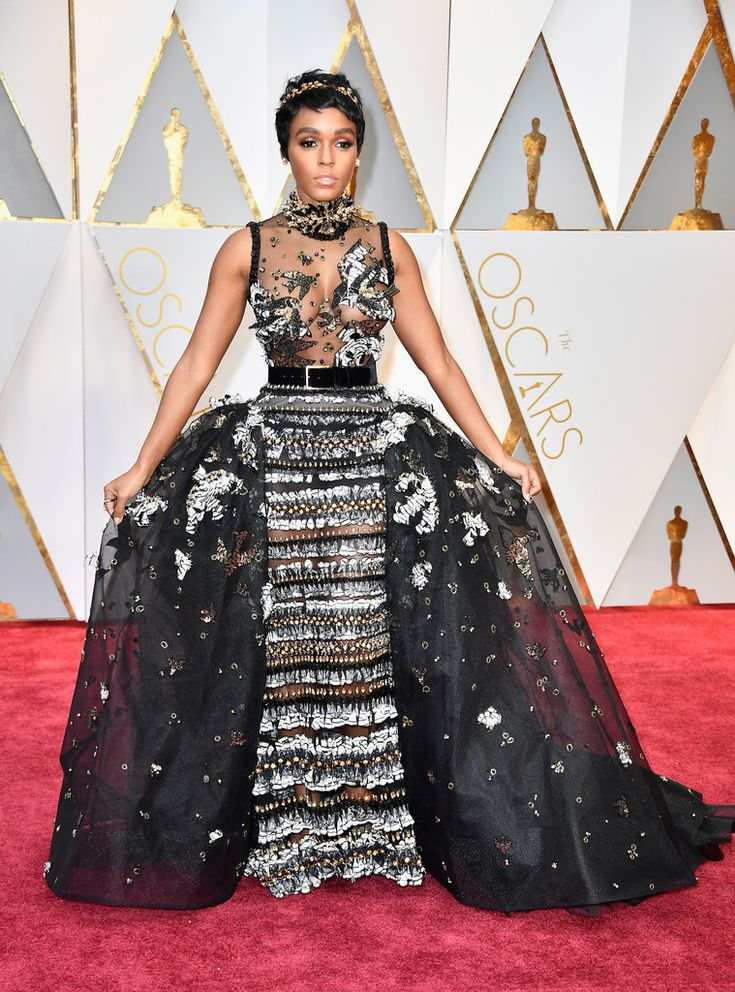 Janelle Monae in Elie Saab at the Oscars - The Most Daring Red Carpet Gowns of 2017 - Photos