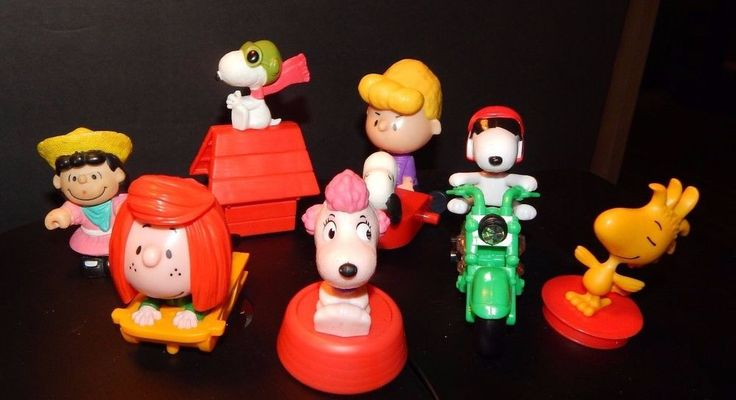 McDonald's Toy The PEANUTS GANG Movie 2015 Schroeder, Lucy,Woodstock,Snoopy + #McDonalds
