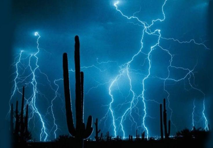 Love, love, love Arizona lightning storms