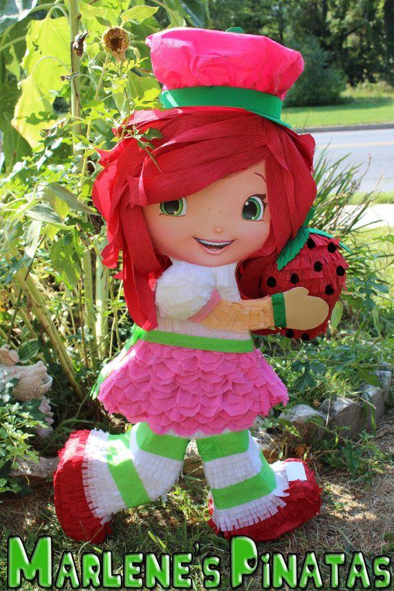 Piñata de Frutillitas... por Marlenespinatas en Etsy