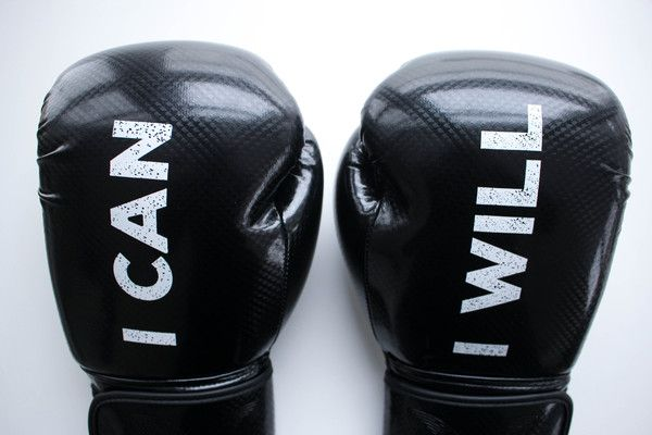I can I will Watch me black boxing gloves. Black Boxing Gloves, Weight - 10oz. Inspirational message on boxing gloves, UK boxing gloves, kickboxing gloves
