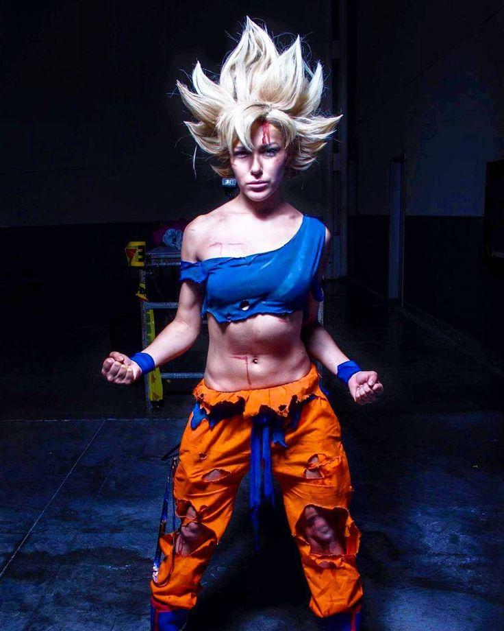 Missy Mayhem as Goku (  @mono_photography_mx via @latermedia )
