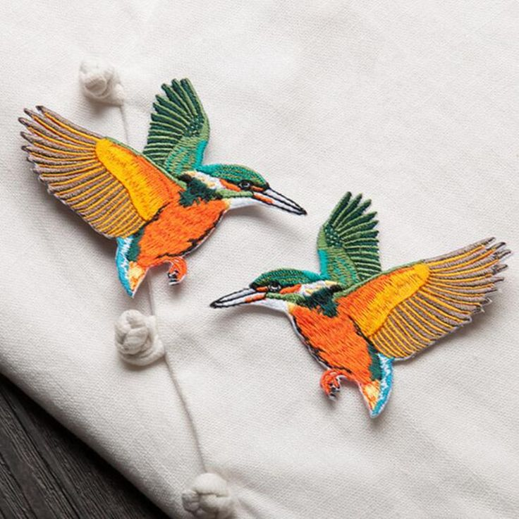 Cheap Aves de dibujos animados parche bordado Hierro En Remiendos de la ropa chaqueta prenda insignia Niza Apliques de accesorios de bricolaje, Compro Calidad Parches directamente de los surtidores de China: producto: Bird patch diseño: Como muestra la imagen uso: Cada parche tiene