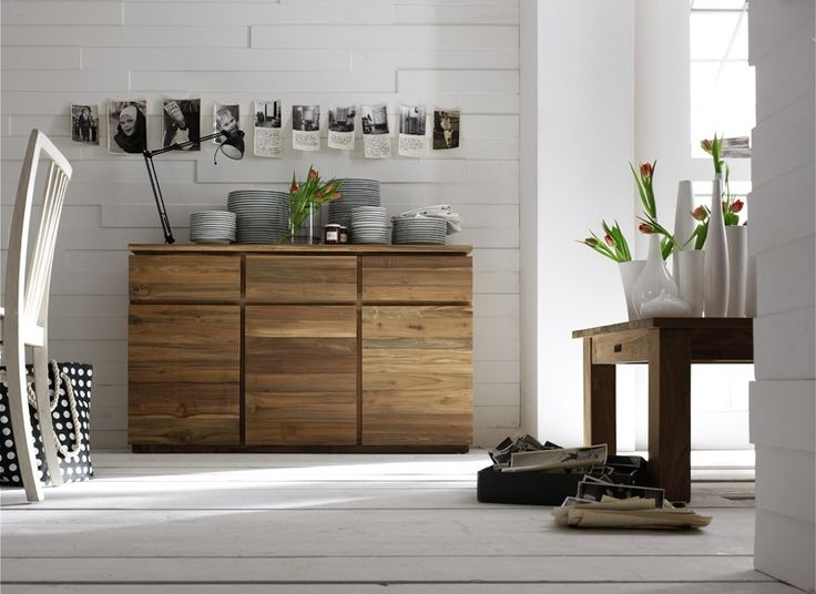 Teakhouten meubelen van Teakea | rustieke hergebruikte teakhouten dressoir met karakteristieke uitstraling