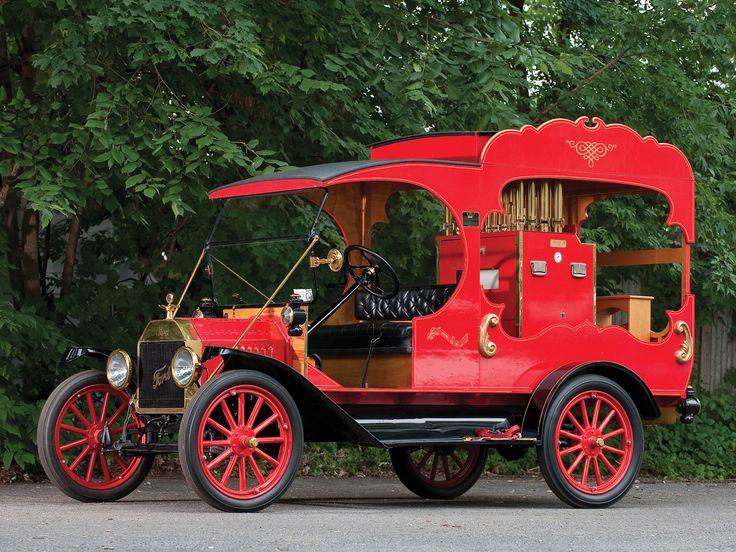 1913 Ford Model-T Calliope Truck