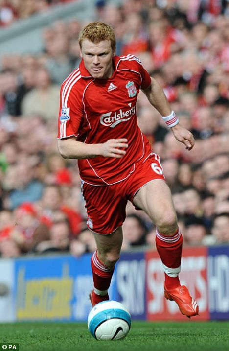 Liverpool defender John Arne Riise leaves Anfield and heads for Roma