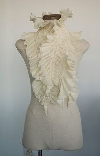 TRACE, laine mérinos (interventions manuelles sur machine à tricoter)