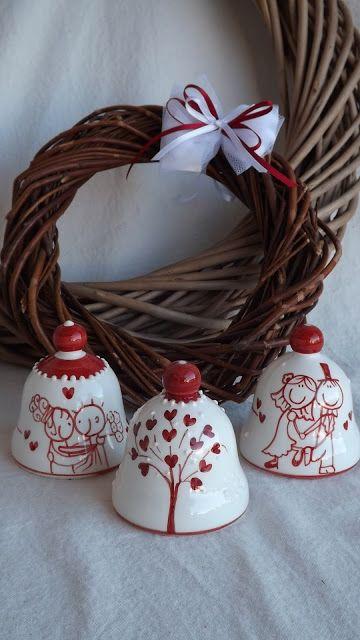 ceramica come mestiere: Campanelle in ceramica. Sposi e albero della vita....