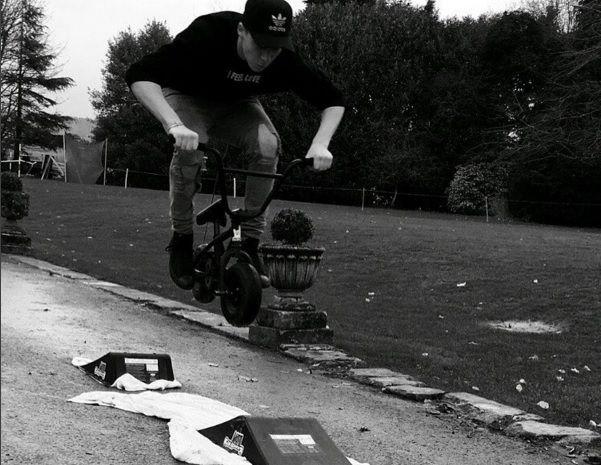 David Beckham's Son Brooklyn Beckham Shows Off Skateboarding Skills In Instagram Videos - http://www.movienewsguide.com/david-beckhams-son-brooklyn-beckham-shows-off-skateboarding-skills-instagram-videos/143778