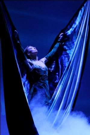For two decades now the costumes of Riverdance have trekked a well-worn path using the same tailors, embroiderers and craftspeople. www.riverdance.com