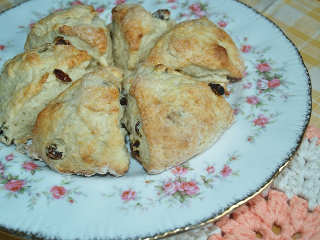 Woman in Real Life:The Art of the Everyday: Edna Staebler's Cape Breton Scones