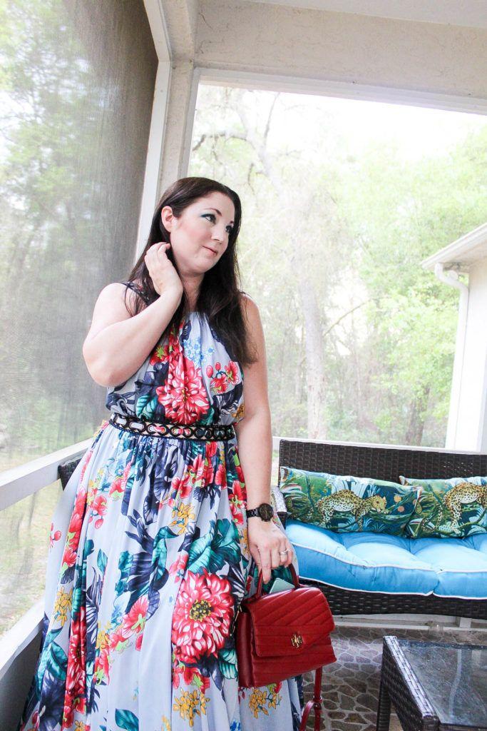 فستان بادجلي ميتشكا وحقيبة توري بورش أحذية أزياء بلوغر Maxi Dress Badgley Mischka Badgley