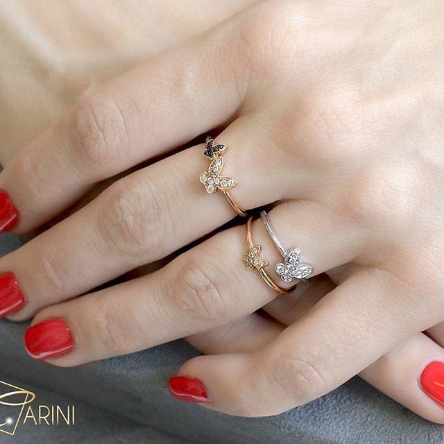 Semplici ma preziosi e dal design raffinato, con picccoli dettagli capaci di dare un tocco trendy e speciale a tutti i vostri look estivi. Anello con farfalla doppio, in oro rosa con diamanti bianchi  ct 0.10 e diamanti neri ct 0.04  #fedine #girls #etsy #etsyshops #summertime #jewelrymaker #outfitoftheday #delicatering #lookoftheday #fashionjewelry #handmadejewelry #instajewelry #jewelry #jewelrydesign #jewelrymaking #jewelryoftheday #jewelrygram #womenjewelry #jewelrylover