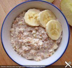 Frischkornbrei mit Obst der Jahreszeit, ein leckeres Rezept aus der Kategorie Frühstück. Bewertungen: 7. Durchschnitt: Ø 3,8.
