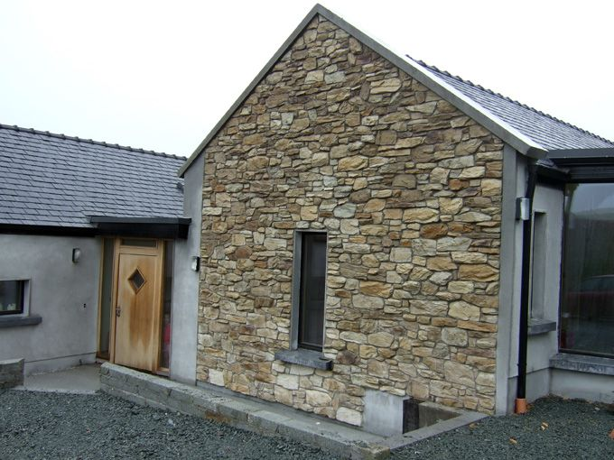 17 best ideas about stone cladding on pinterest external for Stone faced houses