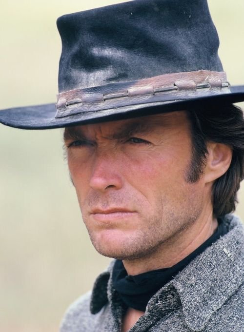 How does clint eastwood director of