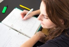 The Right Way to Cram for a Test - ThoughtCo
