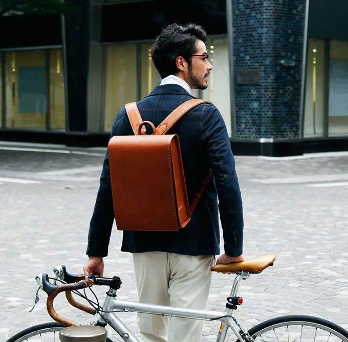 「大人ランドセル」土屋鞄製造所から新型 - ワイドになり収納力UP | ニュース - ファッションプレス