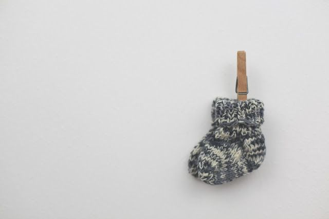 DIY | Babysöckchen stricken - tiny dots