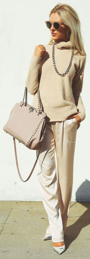 Champagne pants with beige sweater and nude bag