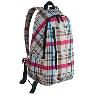http://www.ropadefitness.es/bandoleros-mochilas/224345-mochila-nike-backpack-light-bone.html