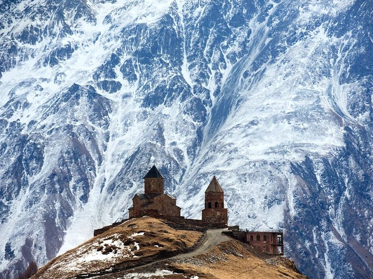 Gergeti Trinity Church among National Geographic's best photos of March