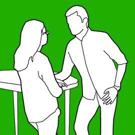 Es posible saber, a través del lenguaje corporal, si un hombre está realmente interesado en estar contigo o quiere largarse lo antes posible; son claves muy fáciles de detectar, pues no involucran microexpresiones o gestos muy rápidos, sino posturas y actitudes generales: #8. Se inclina ligeramente hacia ti   El