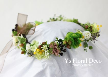 ビビットなオレンジ色のドレスに ナチュラルな印象の花冠&ブーケ ysfloraldeco @ヒルトン東京