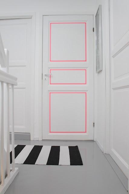 Bright pink door accent... fun!