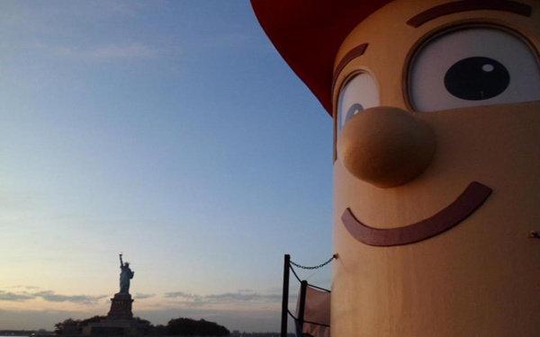 Theodore Too visits New York City