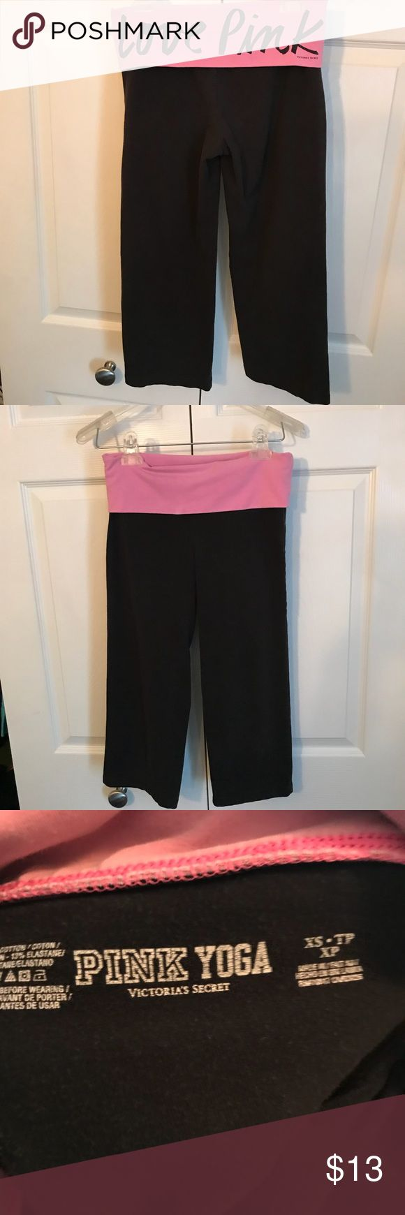 💜Victoria's Secret Pink size XS yoga capris 💗 Victoria's Secret Pink size xtra small yoga capri pants. In pretty good condition, black with a light purple waist. Perfect for the gym or to chill. PINK Victoria's Secret Pants Capris