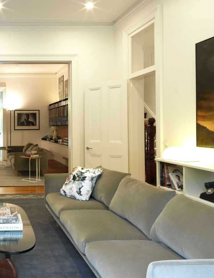 WOOLLAHRA TERRACE   alwill  #interiors #artwork #livingroom #woodenfloor #coffeetable
